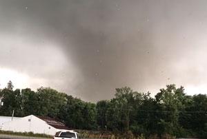 Tornado approaching Marshalltown, Iowa