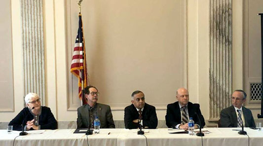 Linnell with other panelists at a recent national rural-focused COPD meeting.