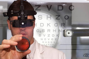 eye exam photo