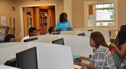 Carvers Bay Branch Library computer class